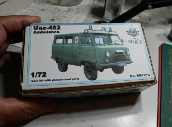 UAZ 452 Ambulance. 1/72 Balaton Modell. Img_4216