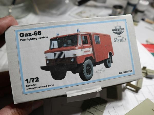 GAZ-66 pompier   Balaton Model's 1/72. Img_4222