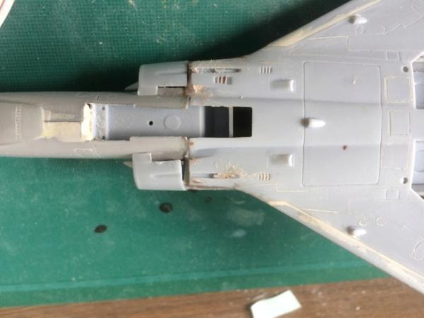 Mirage III EBR  ( Heller + FM 1/48) FINI - Page 2 Img_7310