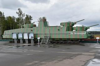 Motorized Armored Railcar MBV-2 au 1/72 de chez Military UM technics Mbv-2_10