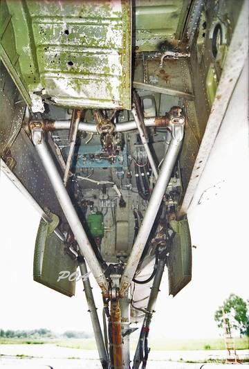 Les géants des airs : Le Tupolev Tu-128 Fiddler [Amodel 1/72] Petits dégâts... petite question - Page 2 Mdb9e10