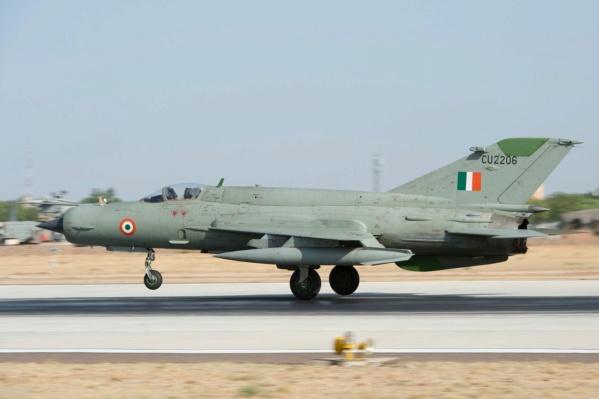 MIG 21 Bis India Air Force (RV aircraft au 1/72)  Ob_99d10