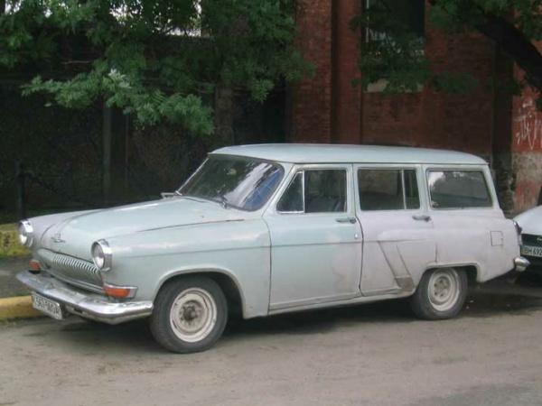 Nouvelle lubie.....L'automobile russe en miniatures. - Page 9 Odessa10