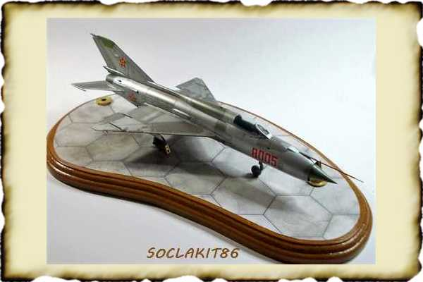 LES MAQUETTISTES , la vitrine des maquettistes Soclak13
