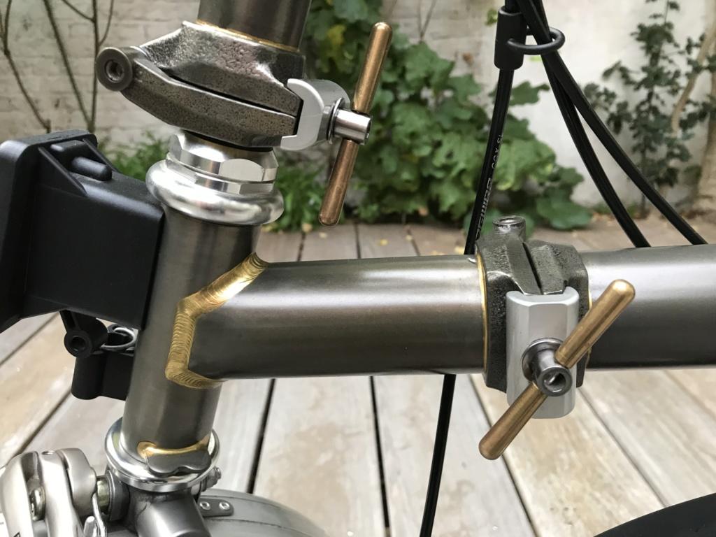 Brompton S2L-X raw lacquer amélioré Brompfication... ( le vélo, la saccoche, les pièces originales) ! (VENDU) Img_1119