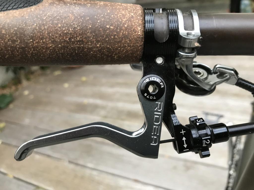 Brompton S2L-X raw lacquer amélioré Brompfication... ( le vélo, la saccoche, les pièces originales) ! (VENDU) Img_1120