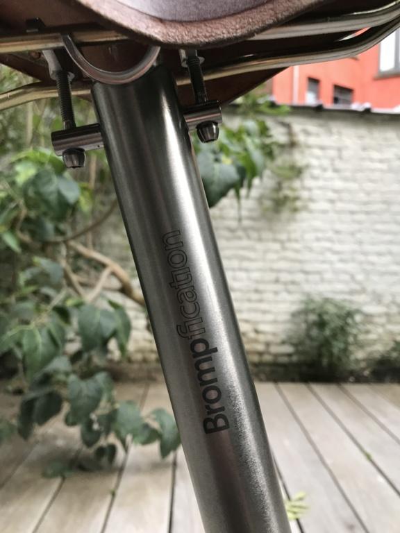 Brompton S2L-X raw lacquer amélioré Brompfication... ( le vélo, la saccoche, les pièces originales) ! (VENDU) Img_1128