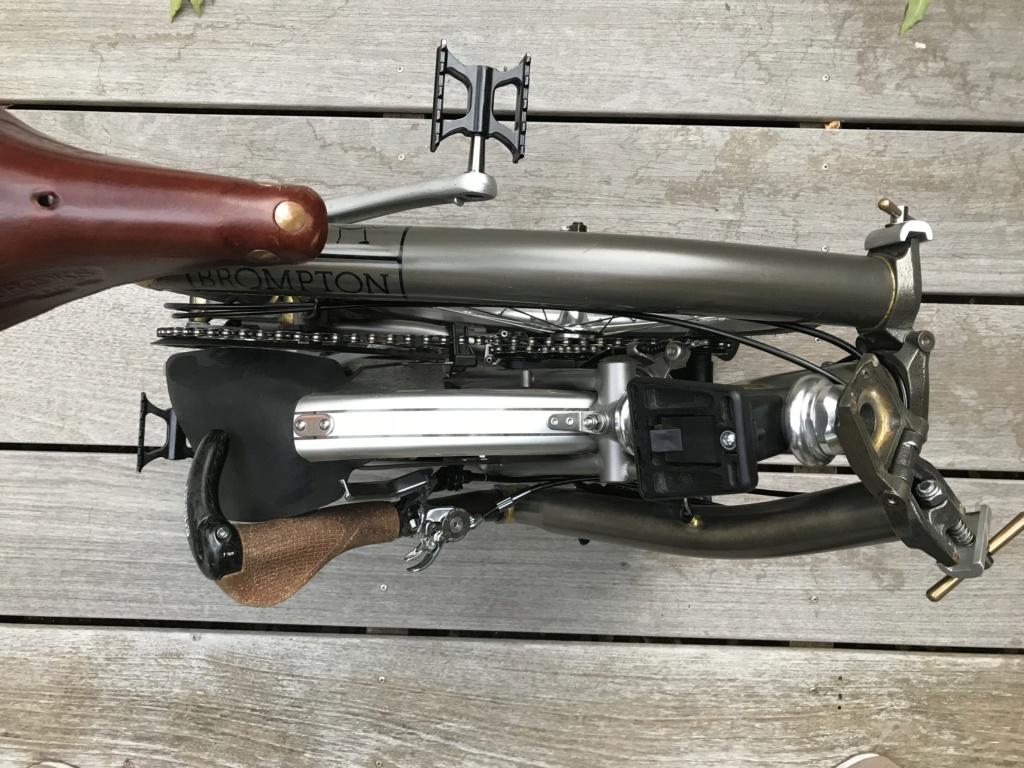 Brompton S2L-X raw lacquer amélioré Brompfication... ( le vélo, la saccoche, les pièces originales) ! (VENDU) Img_1131