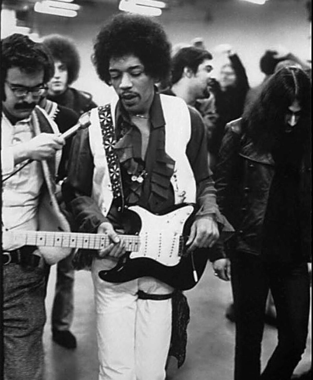 New York (Madison Square Garden) : 28 janvier 1970  - Page 2 20180910
