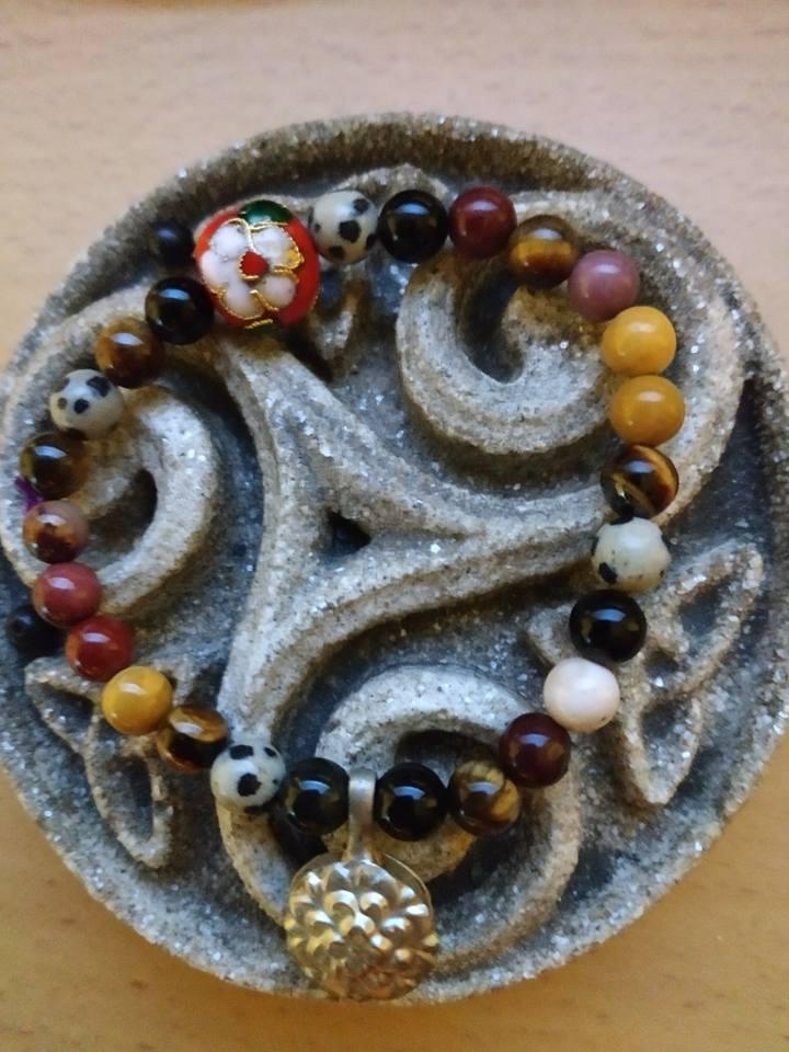 Création de bijoux en pierres. Bracel11