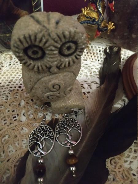 Création de bijoux en pierres. Img_2021