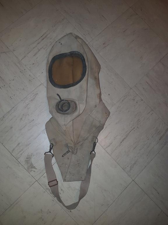 Masque anti gaz  20180917