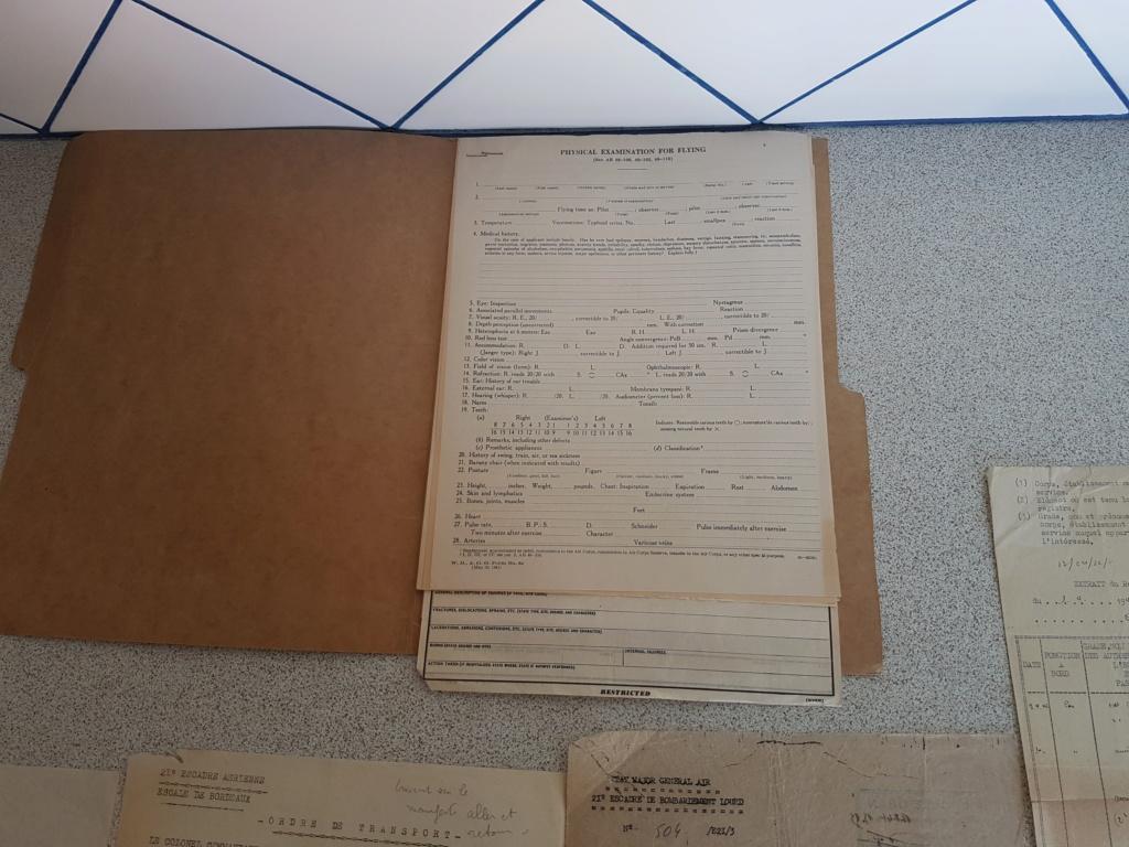 Tissus et papier  20200675