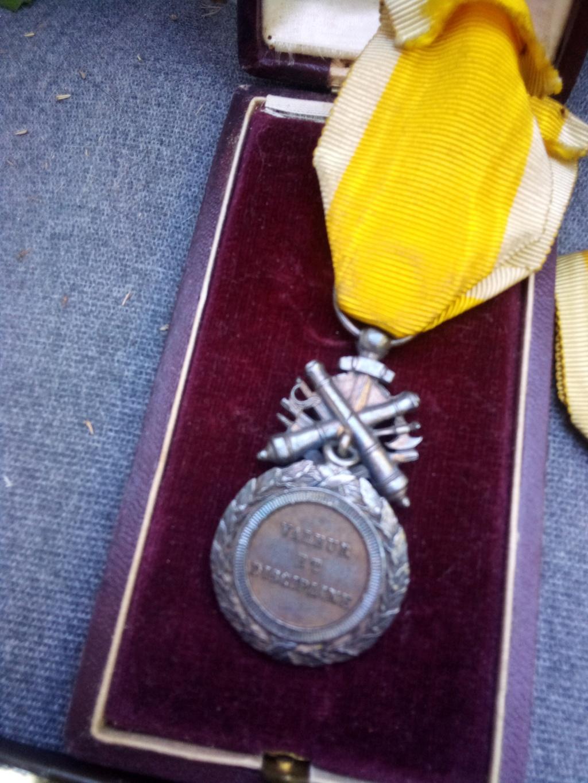 Estimation médaille militaire bi face Img_2368