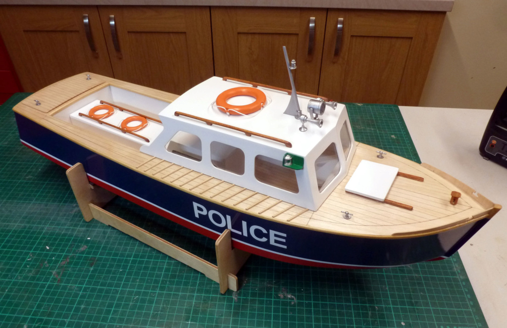 Caldercraft Vigilant II Police10