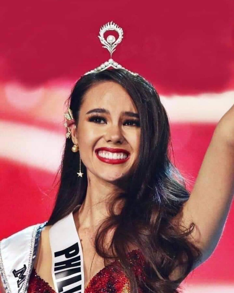 La corona Mikimoto ya la rompió Catriona Gray «vídeo» Catri10