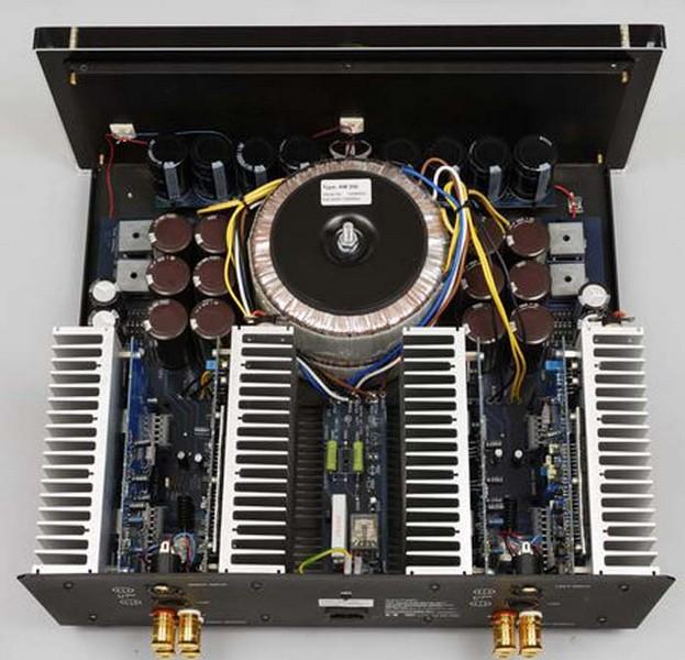 ¿Etapa de potencia Electrocompaniet AW250R o AW180 monoblock? Aw250_10