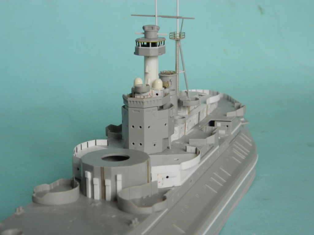 HMS Abercrombie Monitor. 1/350Trumpeter. 1031