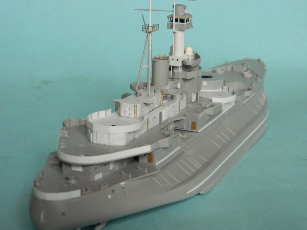 HMS Abercrombie Monitor. 1/350Trumpeter. 1131