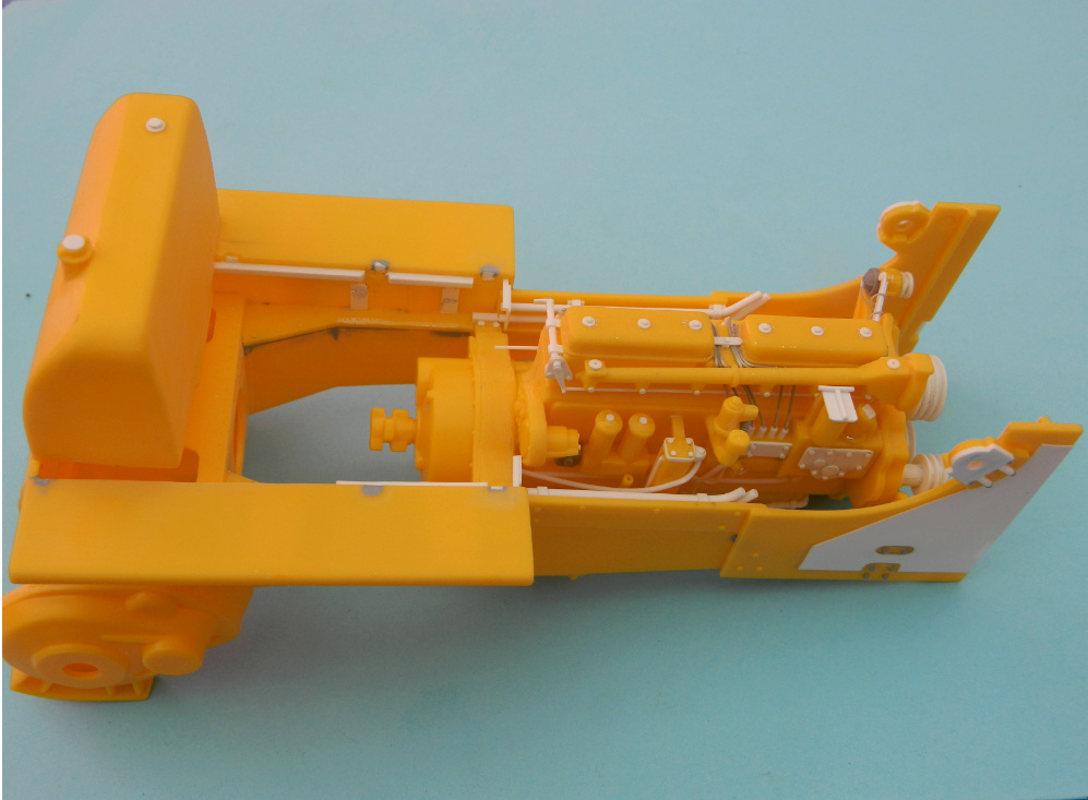 "BULLDOZER CATERPILLAR DH-8. AMT 1/25.""Lot de bord"" . - Page 2 2519"