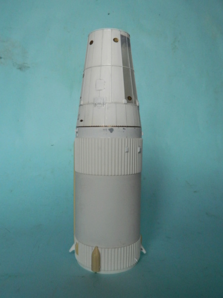 "APOLLO 11. AS-506. ""Peinture des moteurs F-1 "". 3617"