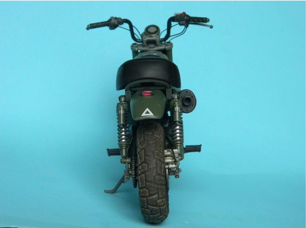 Monkey 125 Honda. Tamiya 1/12. Terminé . 4221