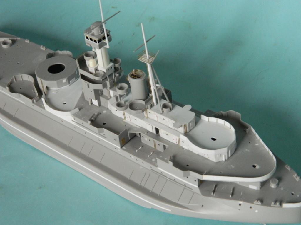 HMS Abercrombie Monitor - 1/350 - Trumpeter. Suite. 732