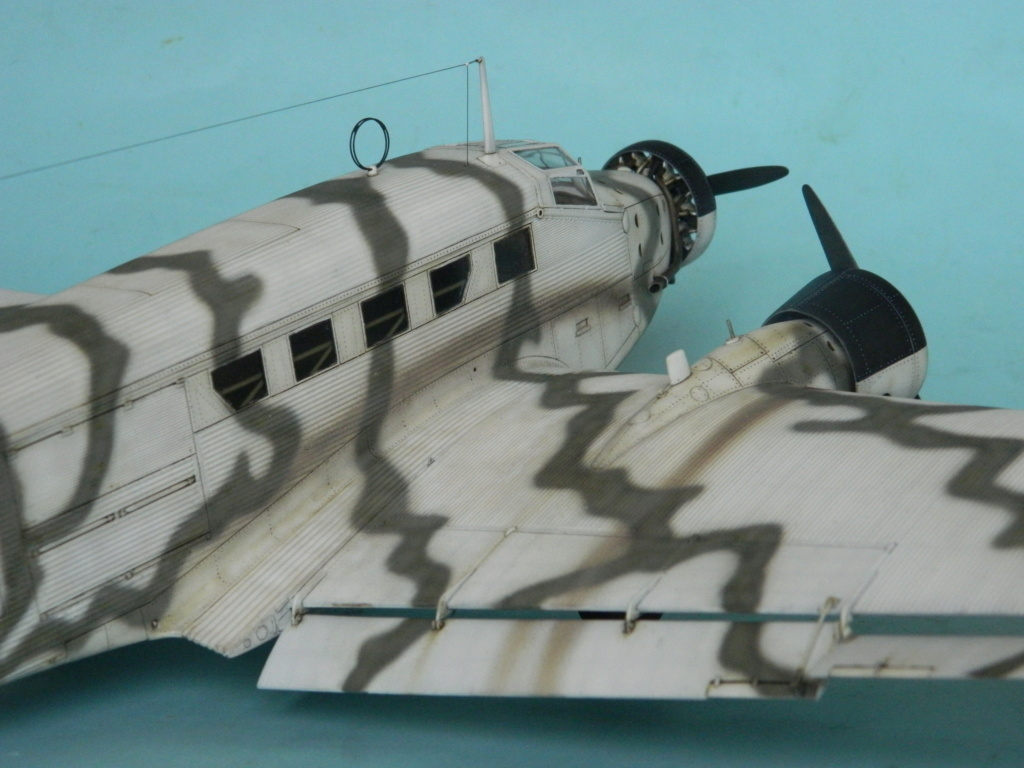 "Ju 52. Revell 1/48. ""Ende"". - Page 6 7915"