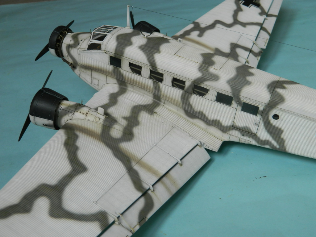 "Ju 52. Revell 1/48. ""Ende"". - Page 6 8218"