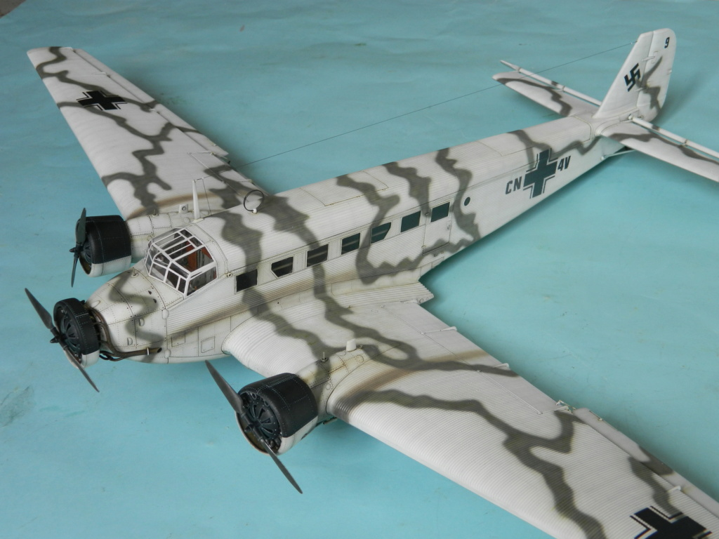 "Ju 52. Revell 1/48. ""Ende"". - Page 6 8418"
