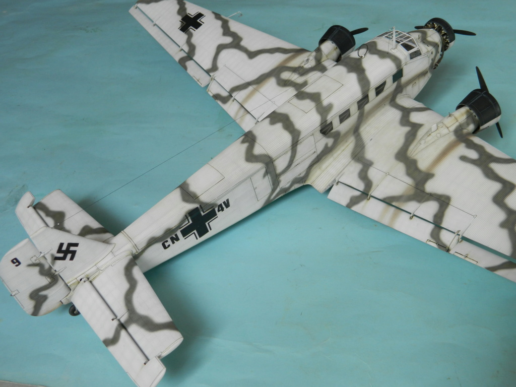 "Ju 52. Revell 1/48. ""Ende"". - Page 6 8518"