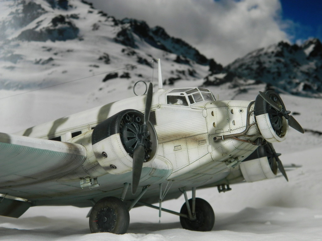 "Ju 52. Revell 1/48. ""Ende"". - Page 6 8916"