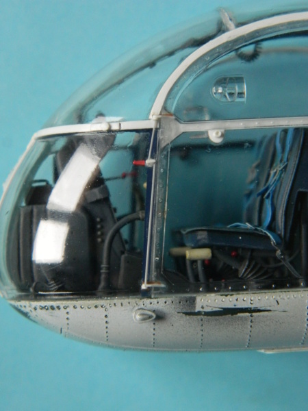"ALOUETTE II MARINE. Revell 1/32. ""Assemblage , suite"". - Page 2 9215"