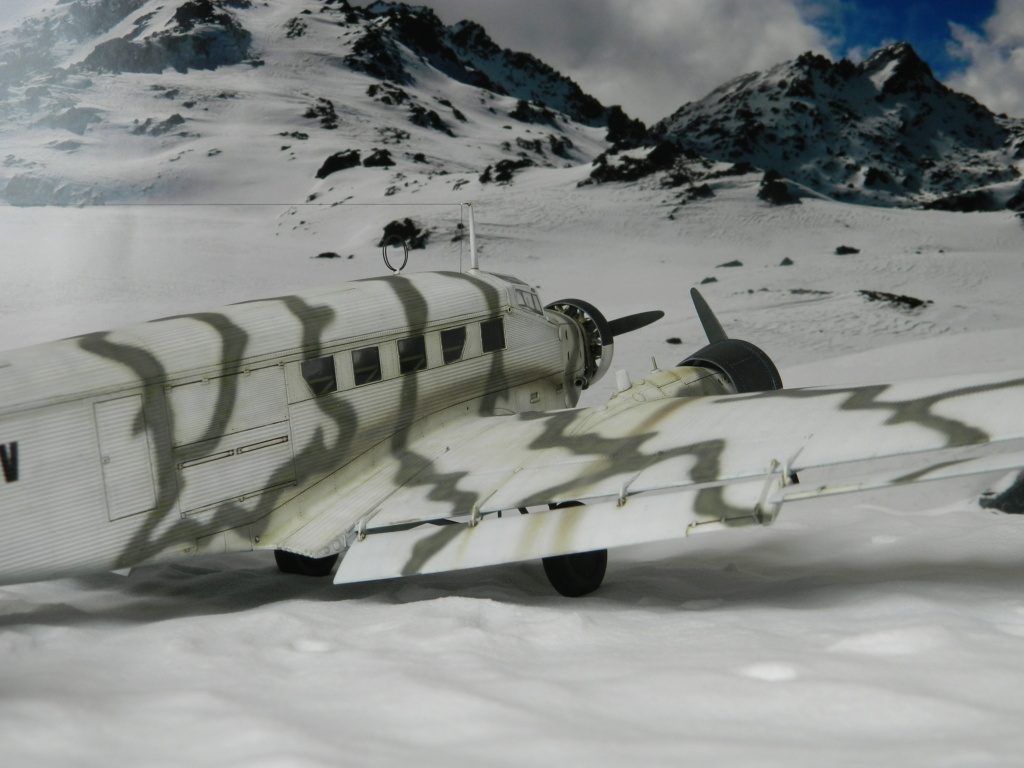 "Ju 52. Revell 1/48. ""Ende"". - Page 6 9217"