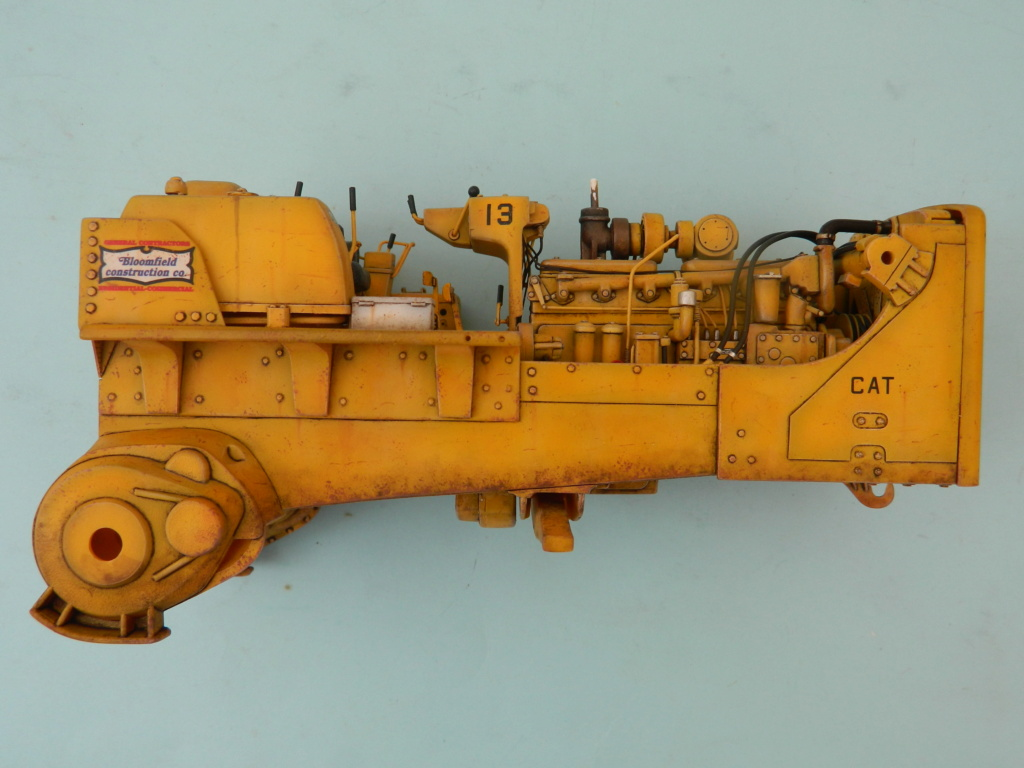 "BULLDOZER CATERPILLAR DH-8. AMT 1/25. ""Peinture du châssis"" . - Page 2 9315"
