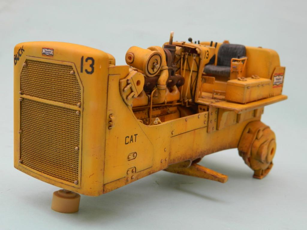 "BULLDOZER CATERPILLAR DH-8. AMT 1/25. ""Peinture du châssis"" . - Page 6 9415"