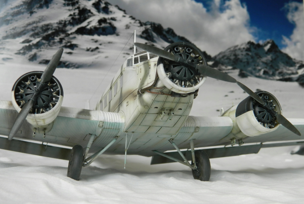 "Ju 52. Revell 1/48. ""Ende"". - Page 6 9510"