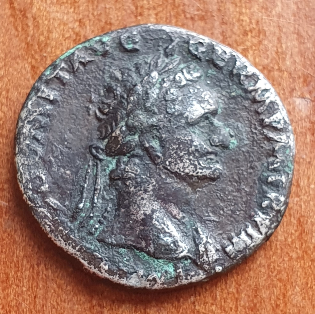 Denario de Domiciano. Minerva estante a izq. sobre proa, con búho. Roma. 20200327
