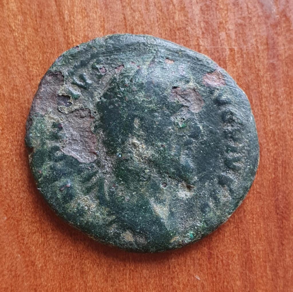As de Antonino Pío. TR POT COS III - S C. Dos cornucopias cruzadas. Roma. 20200379