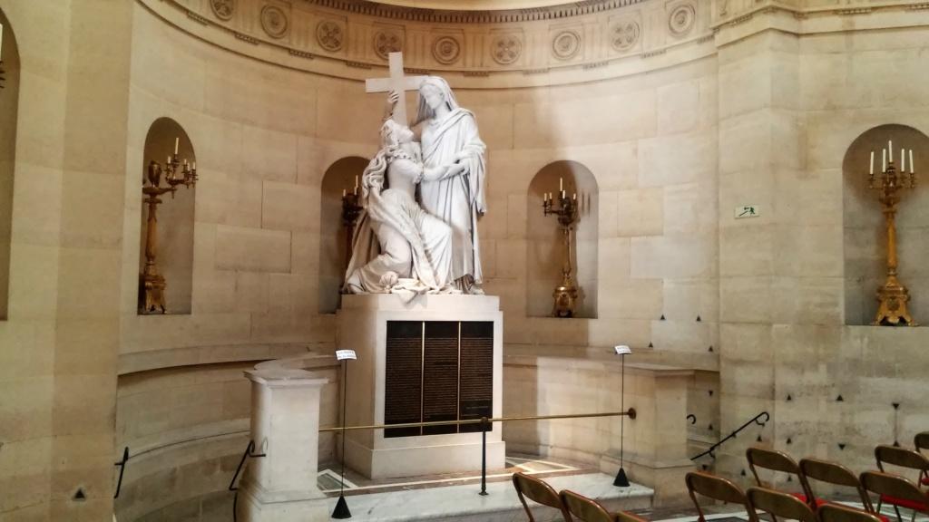 Pepe- Marie Antoinette tour- Paris 26. 9. 2018, Conciergerie, Place de la Concorde, Chapelle Expiatoire, Tuileries - Page 3 20180135