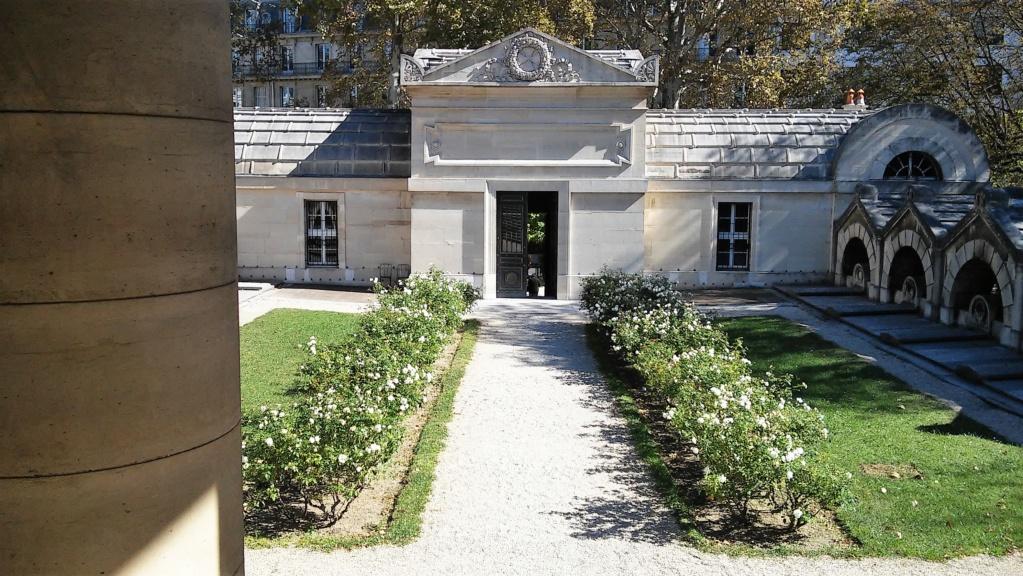 Pepe- Marie Antoinette tour- Paris 26. 9. 2018, Conciergerie, Place de la Concorde, Chapelle Expiatoire, Tuileries - Page 3 20180140