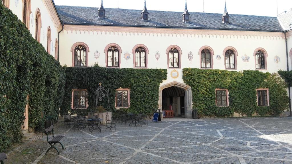Château de Sychrov pour le cardinal Rohan et Victoire Armand, princesse de Guéménée le 14 octobre 2018 20181468
