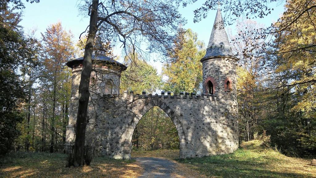 Château de Sychrov pour le cardinal Rohan et Victoire Armand, princesse de Guéménée le 14 octobre 2018 - Page 2 20181552