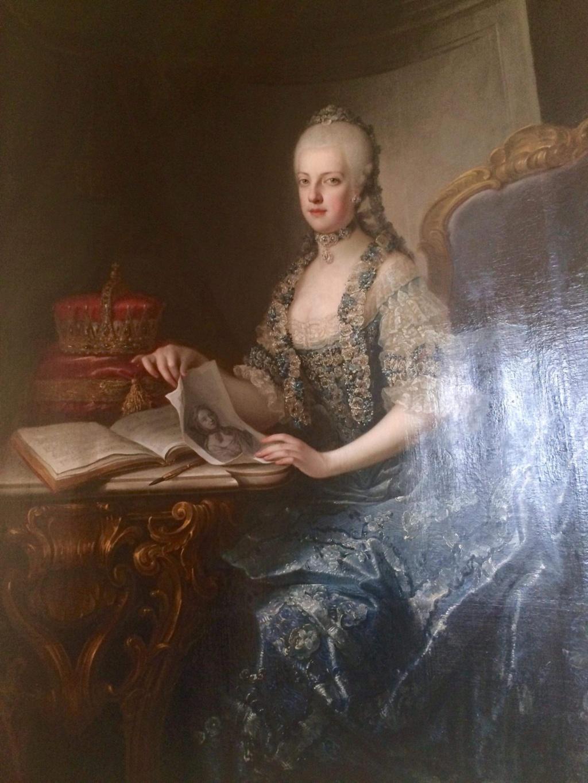 En visite à Prague pour l'impératrice Marie-Thérèse, l'empereur Joseph II, Marie-Thérèse Charlotte de France, le roi français Charles X et la famille française Rohan-Guémen,president France E. Macron. - Page 20 Img_1614