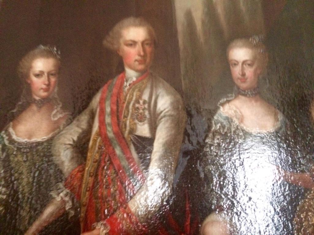 En visite à Prague pour l'impératrice Marie-Thérèse, l'empereur Joseph II, Marie-Thérèse Charlotte de France, le roi français Charles X et la famille française Rohan-Guémen,president France E. Macron. - Page 20 Img_1628