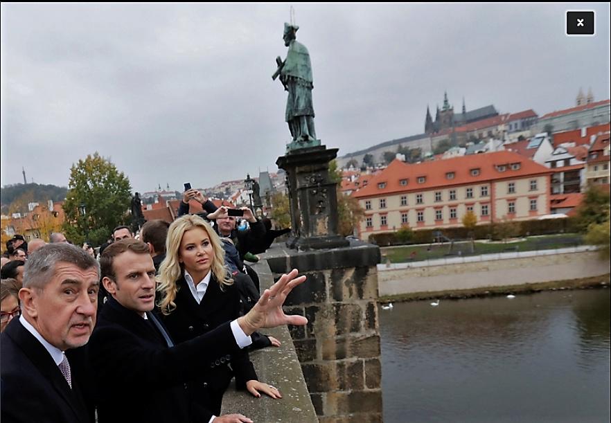 En visite à Prague pour l'impératrice Marie-Thérèse, l'empereur Joseph II, Marie-Thérèse Charlotte de France, le roi français Charles X et la famille française Rohan-Guémen,president France E. Macron. - Page 2 Snzyme21