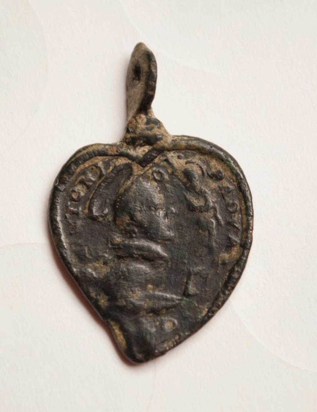 ayuda con esta medalla Dsc_0012
