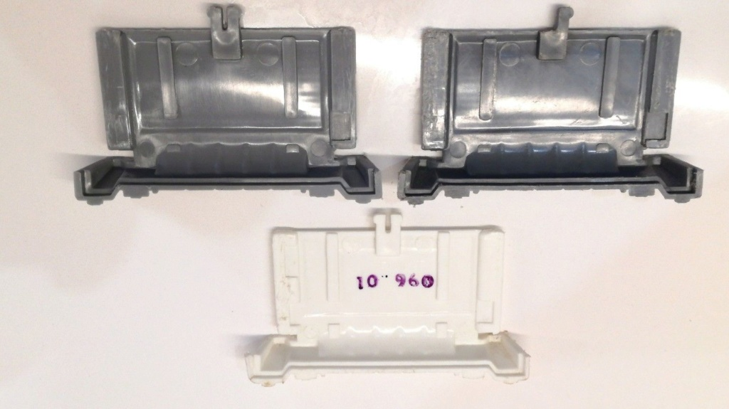 Tie Fighter Kenner Battery cover variant S-l16010