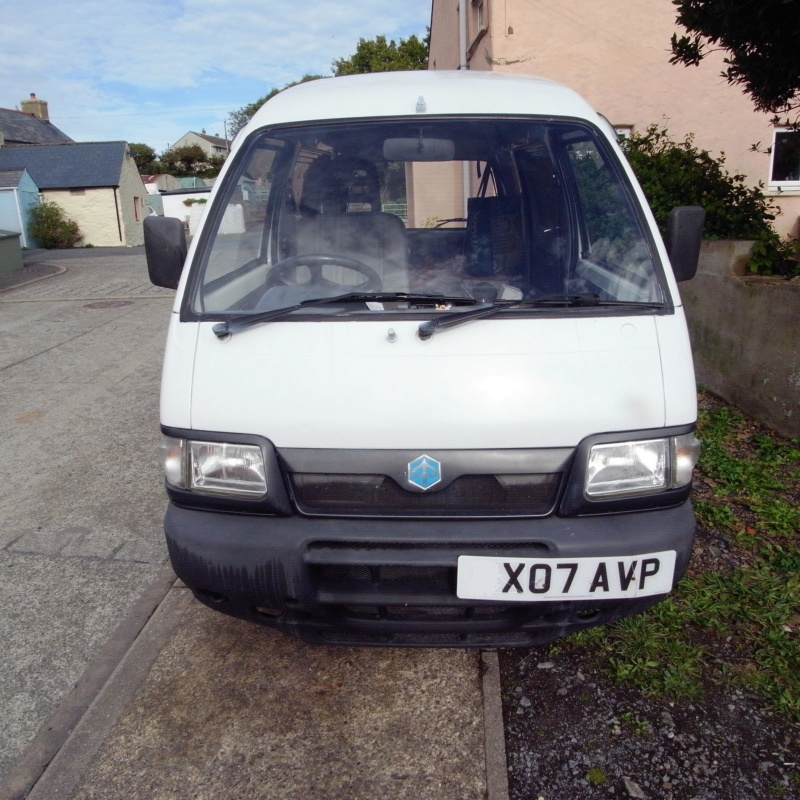 New Porter owner seeks other microvan owners to moan about previous owner's bodges  R0011011
