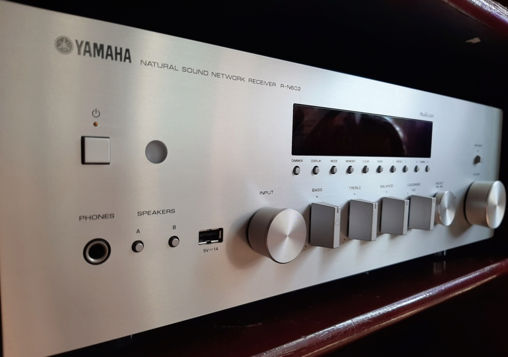 Yamaha Network Receiver R-N602 (SOLD) 20191011